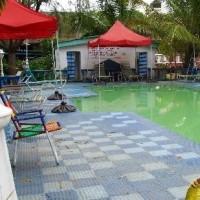 family-kingdom-swim-pool